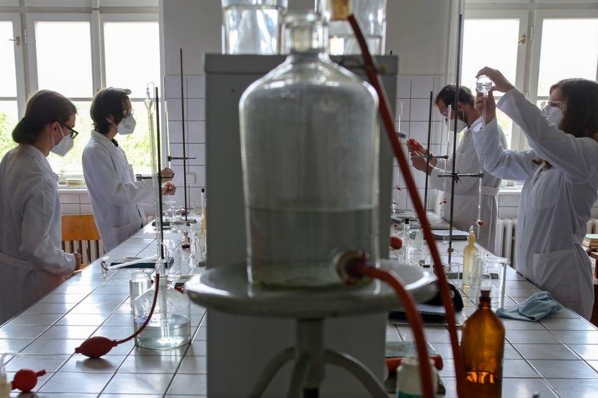 laborator covid